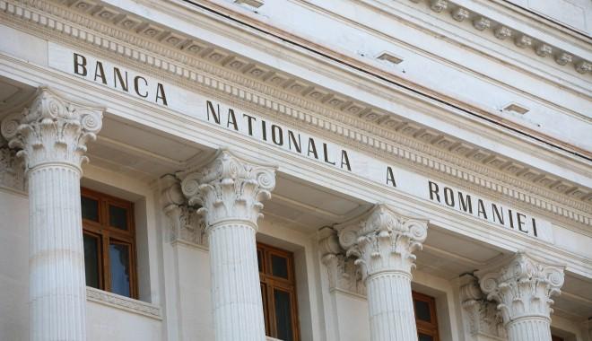 Foto: BNR: Rezervele valutare ale României au scăzut în octombrie cu 1,4 miliarde euro
