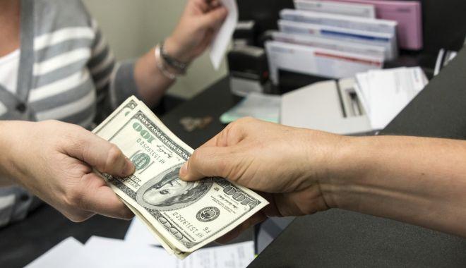 Bancherii preferă să crediteze afacerile imobiliare și consumul - bancheriipreferasacreditezeaface-1559505669.jpg