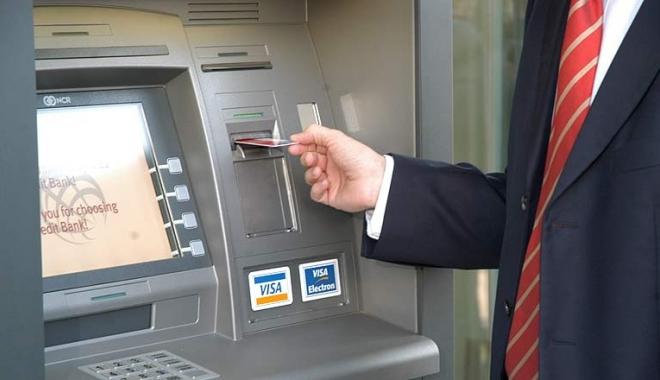 Foto: ALERTĂ PE PIAŢA BANCARĂ! 25 de bănci, verificate de Consiliul Concurenței. Ce nereguli s-au găsit