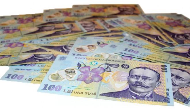Foto: INS. Cât câştigă românii din salarii