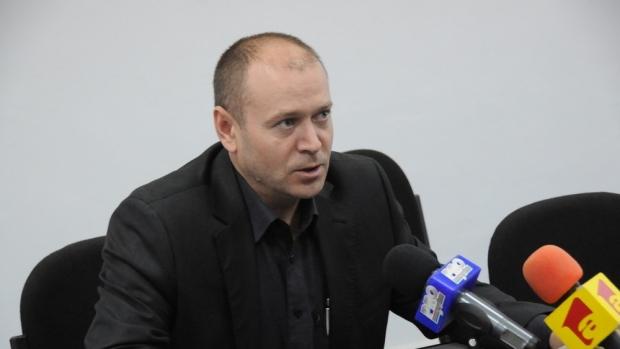 Foto: Klaus Iohannis a semnat decretul de numire a lui Felix Bănilă în funcţia de procuror- şef al DIICOT