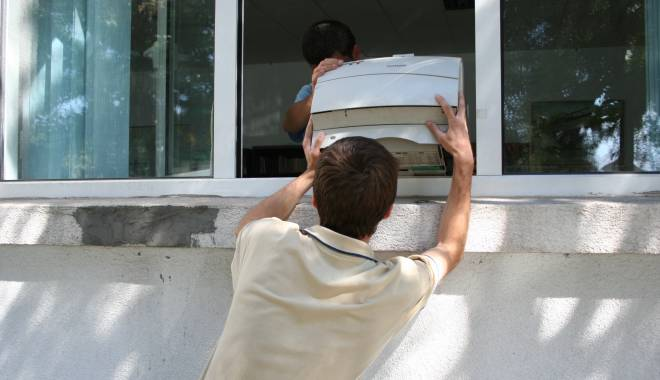 Foto: Bărbat arestat după ce a spart o casă din Agigea