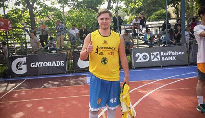 Foto: Baschetbalist de la BC Athletic, la Mondialele de Streetball 3x3