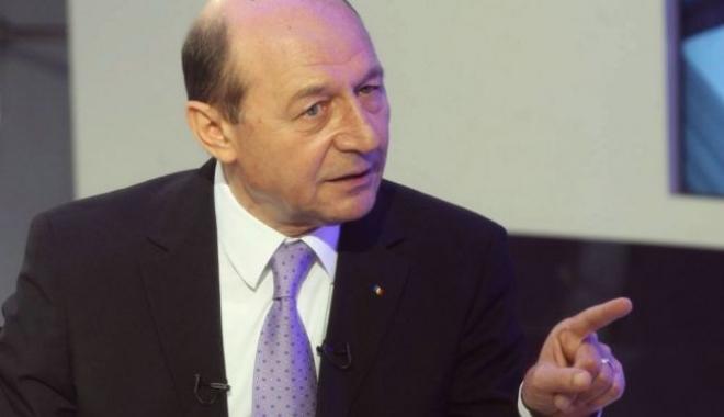 Foto: Traian Băsescu: Dacă ANAF vrea să fie corectă, trebuie să publice şi lista datoriilor statului faţă de firme şi persoane fizice