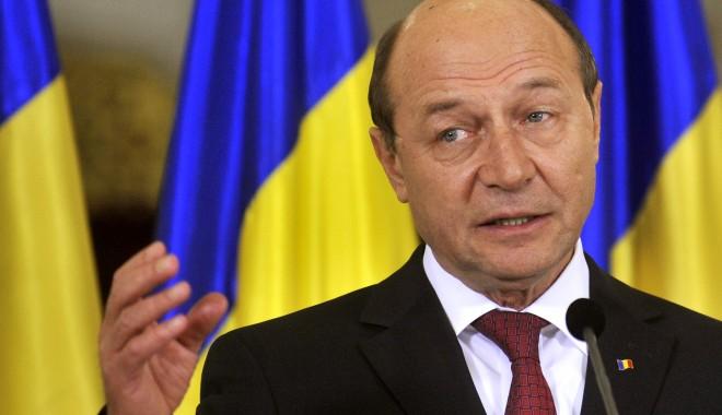 Mâine se dezbate propunerea lui Traian Băsescu privind referendumul - basescu-1371473256.jpg