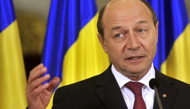 Foto: Traian Băsescu, aşteptat la Neptun