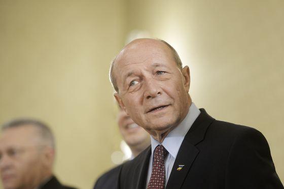 Foto: Băsescu îndeamnă electoratul moldovean să voteze liderii opoziției pro-europene