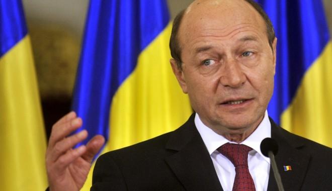 Foto: Traian Băsescu a promulgat legea privind ucenicia la locul de muncă