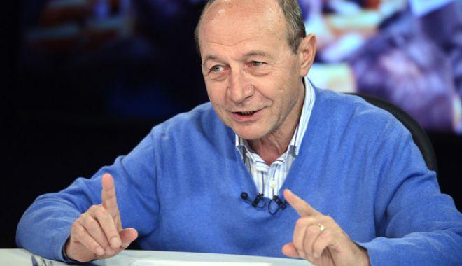 Foto: Băsescu, mesaj pentru Liviu Dragnea: Din a treia funcţie în stat, trebuie să pleci acum