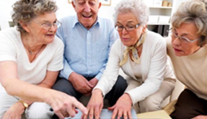 """Foto: Cum prevenim îmbătrânirea """"urâtă"""""""