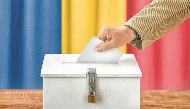 Foto: BEC, rezultate provizorii. Liberalii conduc la nivel național