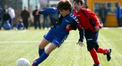 Ianis Hagi a marcat cinci goluri la faza județeană a