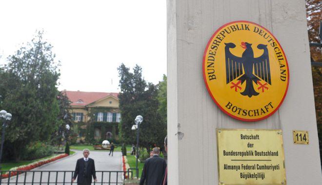 Foto: Berlinul cere Ankarei explicaţii după închiderea unei şcoli germane