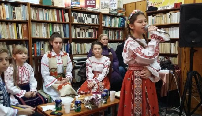 Foto: Ziua Dobrogei  şi lăsata secului, sărbătorite la Biblioteca Hârşova