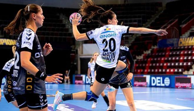 Handbal feminin/ CSM Bucureşti a învins echipa germană Bietigheim în Liga Campionilor - bietigheimcsmbucuresti2-1603645624.jpg