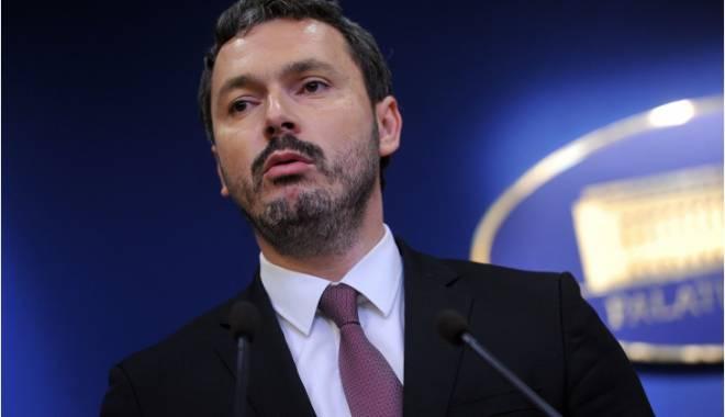 Foto: Ministrul delegat pentru Energie îi va acționa în instanță pe Iulian Iancu și Andreea Paul