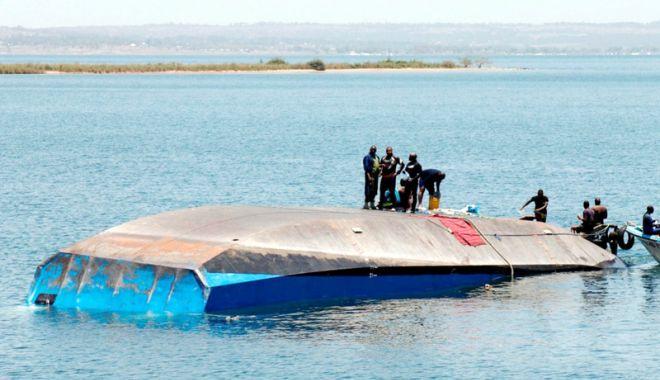 Bilanţul naufragiului din Tanzania a ajuns la 209 morţi - bilantulnaufragiuluijpeg-1537713536.jpg
