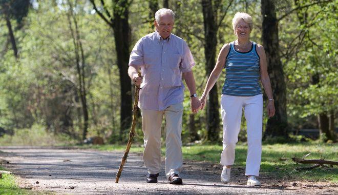 Mai sunt bilete de tratament pentru pensionari. Grăbiţi-vă să vi le luaţi! - bilete-1620669738.jpg