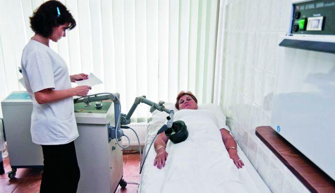 Foto: Casa de Pensii pune la dispoziție o nouă serie de bilete de tratament