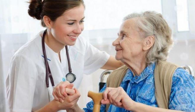 Foto: Pensionari, încă aveți timp să achiziționați bilete de tratament!