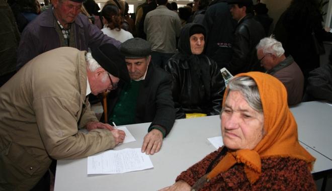 Foto: Biletele de tratament pentru pensionari: oferte multe, puţine vândute