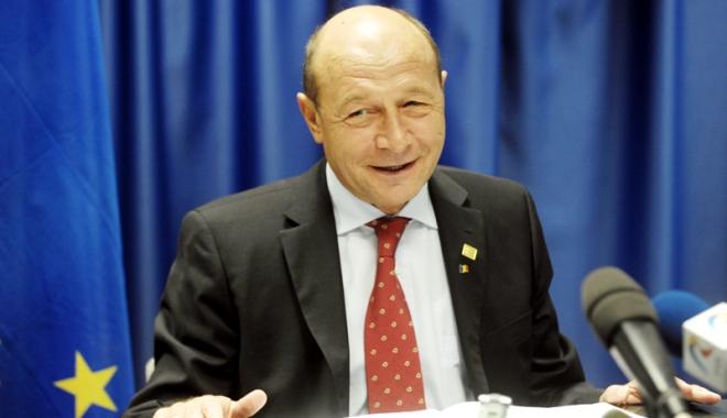 Foto: Fostul preşedinte Traian Băsescu  va primi un spaţiu ca birou de lucru