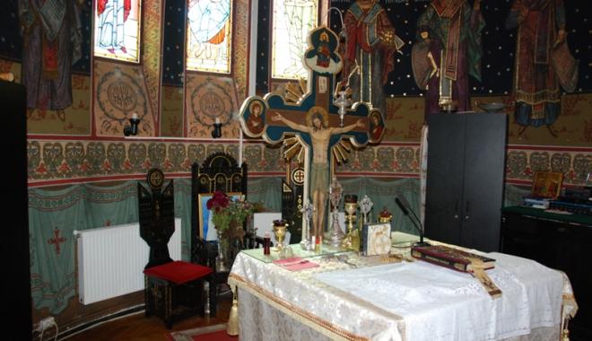 Foto: Două biserici noi în Constanța. Primăria le dă gratuit terenul