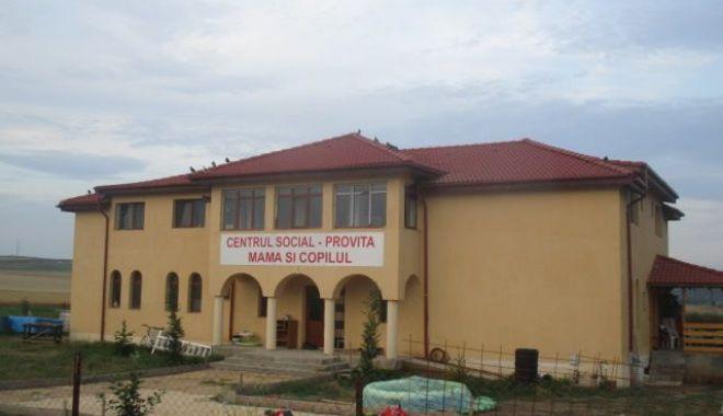 """Foto: Se inaugurează Centrul Social """"Mama și copilul"""" din Târgușor"""