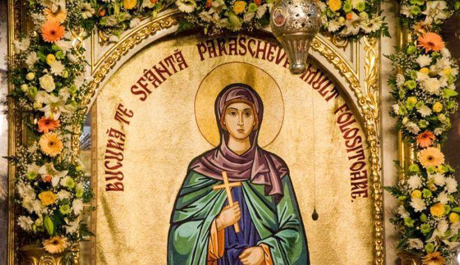 Procesiune  cu icoana Sfintei Cuvioase Parascheva,  în județul Constanța - biserica-1539355752.jpg