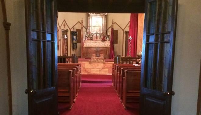 Biserica mistuită de flăcări. Lăcașul de cult vechi de peste 130 de ani - bisericaarmeneascan-1445786934.jpg