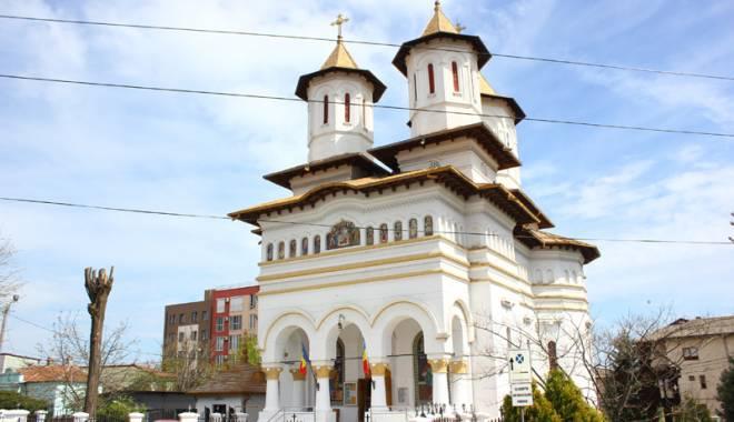 Povestea singurei biserici din Dobrogea pictată de Tonitza. Opera maestrului, în mare pericol de degradare - bisericasfantulgheorghe1-1429200522.jpg