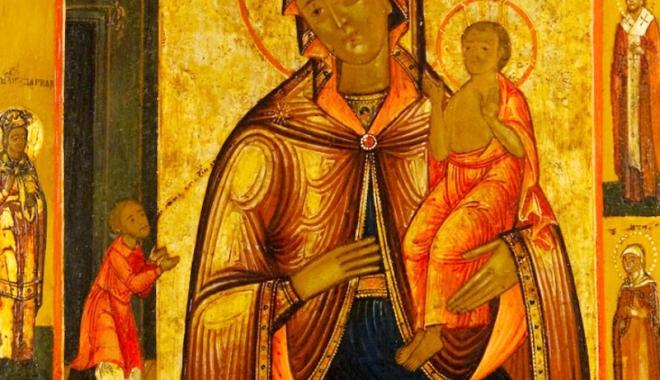 """Foto: """"Bucurie neaşteptată"""" pentru credincioşi. Icoana făcătoare de minuni, adusă la biserica Sf. Haralambie"""