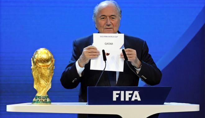 Foto: 400 de oameni morţi! Preşedintele federaţiei germane l-a sunat pe Blatter pentru a-i cere să nu se mai dispute Campionatul Mondial din 2022 în Qatar