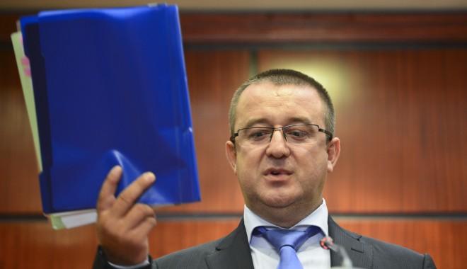 Foto: Fostul şef al ANAF Sorin Blejnar, audiat la DNA