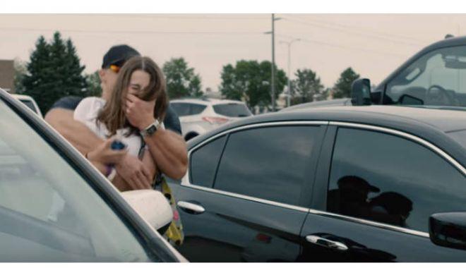 ALERTĂ 112! Răpire ca-n filme! O femeie a fost băgată cu forţa într-o dubă, de câteva persoane - blend3-1533625923.jpg