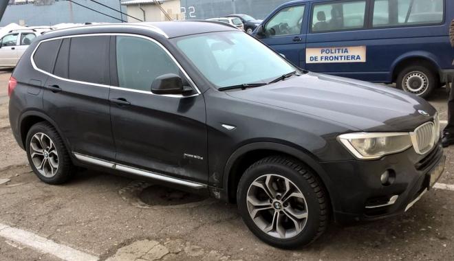 Foto: BMW X3, furat din Polonia, găsit de poliţişti la Constanţa. Ce spune proprietarul maşinii