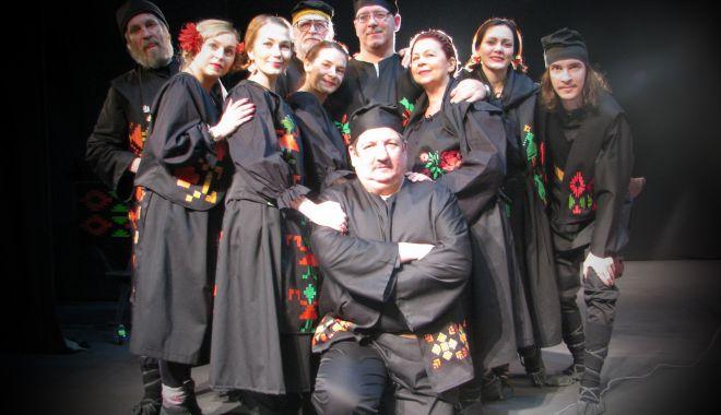 """Foto: Bocitoare, pantomimă, step și muzică la Festivalul """"Miturile Cetății"""""""