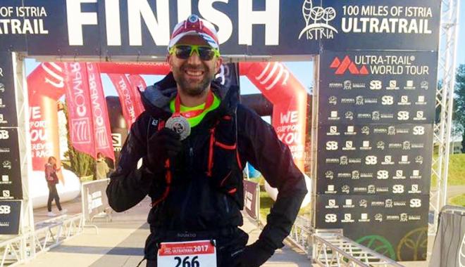 """Foto: Bogdan Ofiţeru şi Mihai Nenciu au terminat  cursa de ultramaraton  """"100 Miles of Istria"""""""