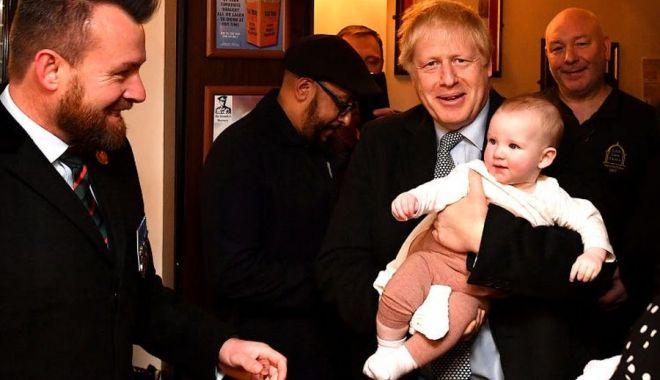 Prim-ministrul Boris Johnson va fi tată pentru a şasea oară - borisjohnsontatapentruartf-1627817327.jpg
