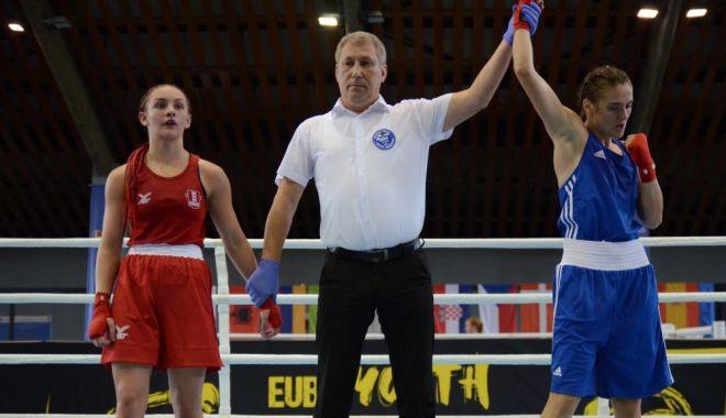 Foto: Bravo, fetelor! Medalii pentru România la Europenele de box