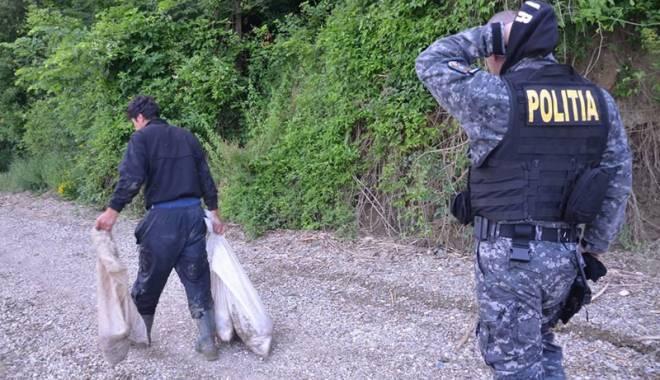 Foto: Braconierii de pe lacul Siutghiol,  în vizorul poliţiştilor