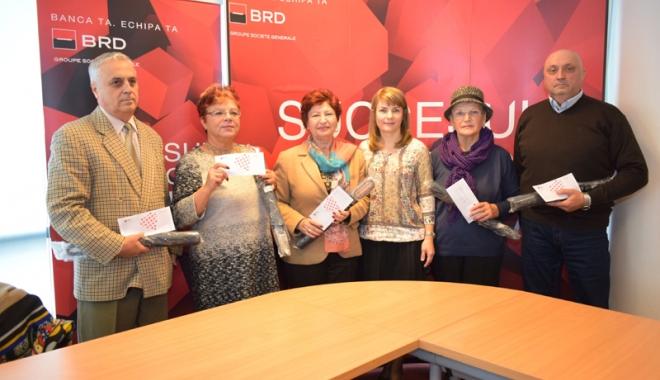 Foto: Premii de loialitate de la BRD pentru cinci pensionari constănţeni