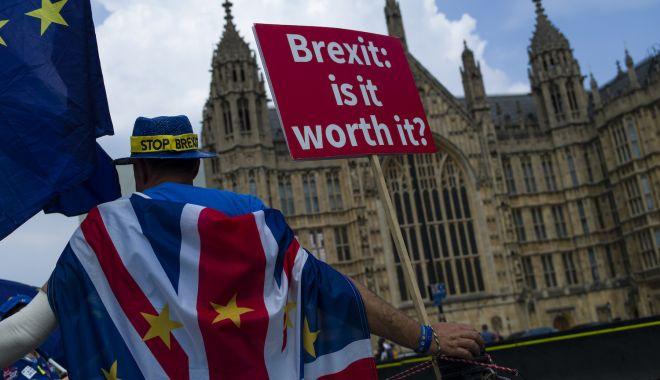 Foto: Laburiștii decid dacă vor cere al doilea referendum privind Brexit-ul