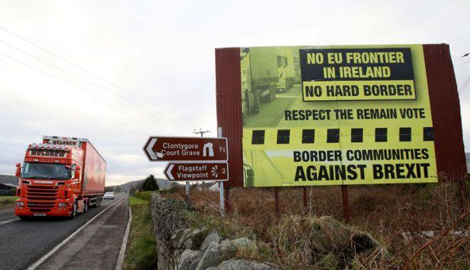 "Foto: ""Brexit dur"". Propuneri privind frontiera irlandeză"
