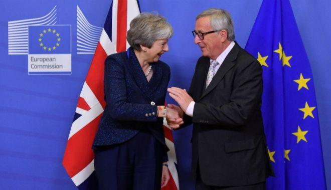Foto: Brexit. Theresa May salută progresele în discuţiile cu Bruxellesul