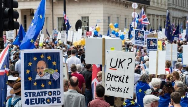 Foto: BREXIT 2019. Proteste la Londra, mii de britanici cer referendum