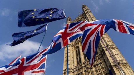 Foto: Demisie la nivel înalt, în Marea Britanie!