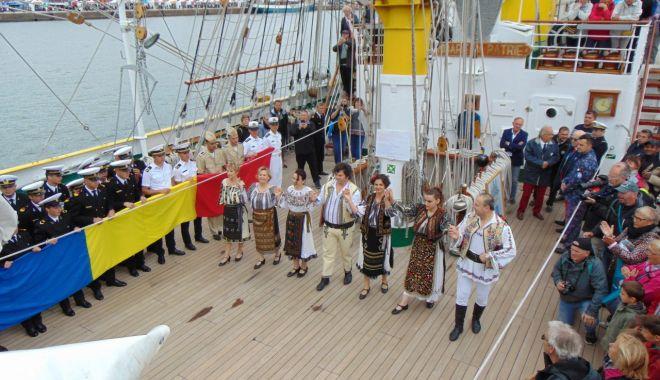 """Printre sute de catarge! Nava-şcoală """"Mircea"""", la Regata l'Armada de Rouen 2019 - bric2-1561058720.jpg"""