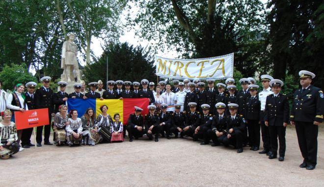 """Printre sute de catarge! Nava-şcoală """"Mircea"""", la Regata l'Armada de Rouen 2019 - bric3-1561058738.jpg"""