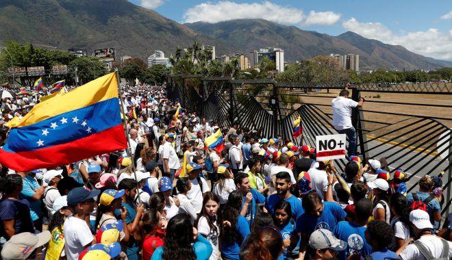Brigăzi militare pentru supravegherea infrastructurilor vitale, în Venezuela - brigazi-1552862641.jpg